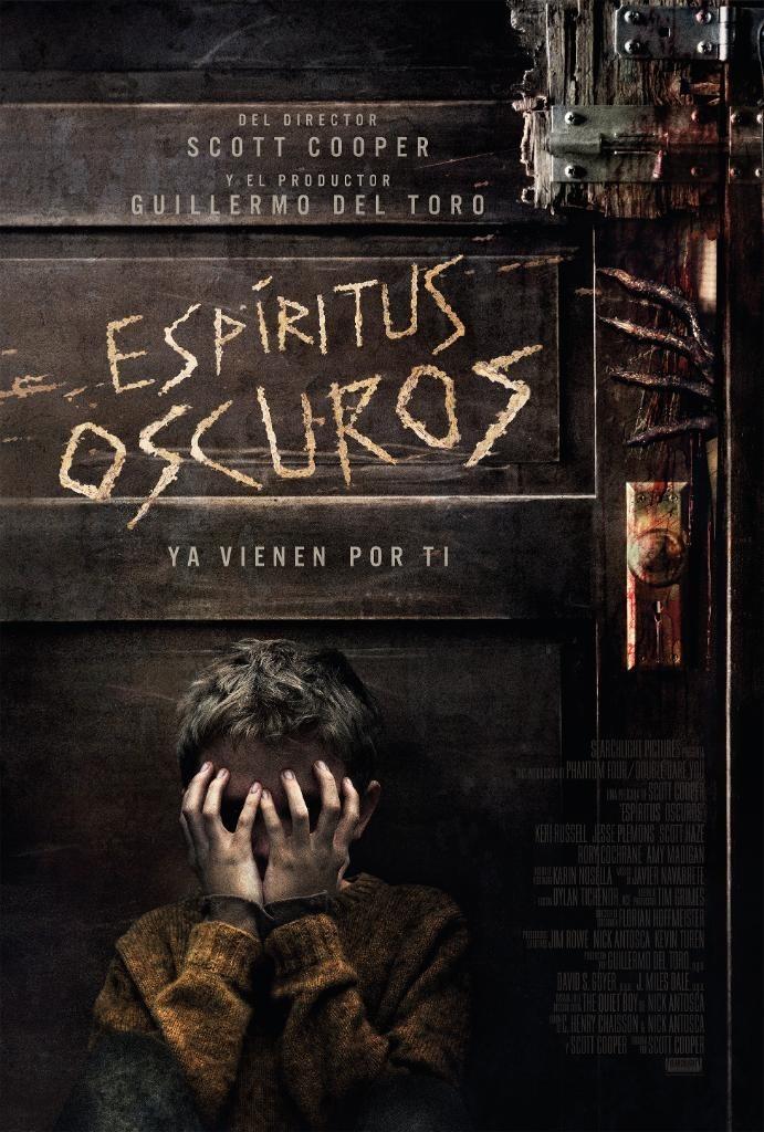 Poster - Espiritus Oscuros